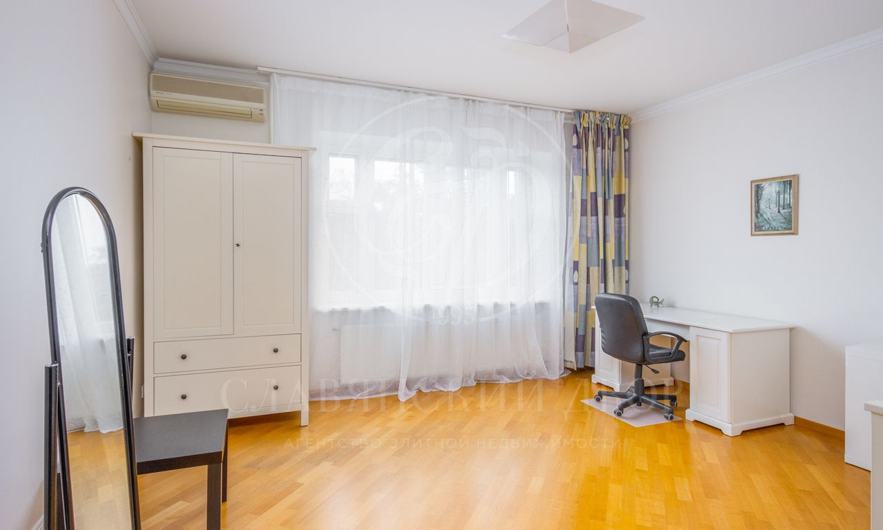 Просторная квартира на Немчиновке