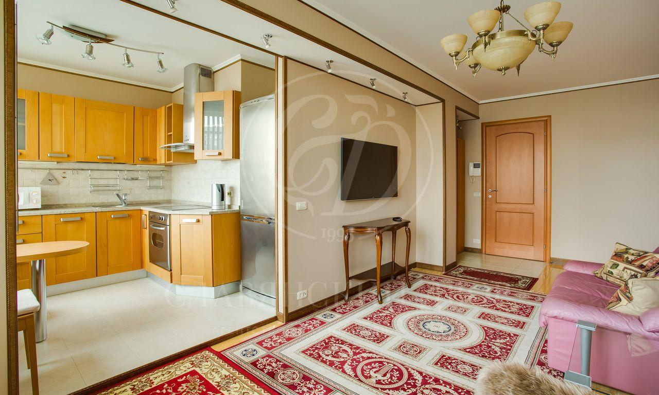 Квартира свидом на Кремль