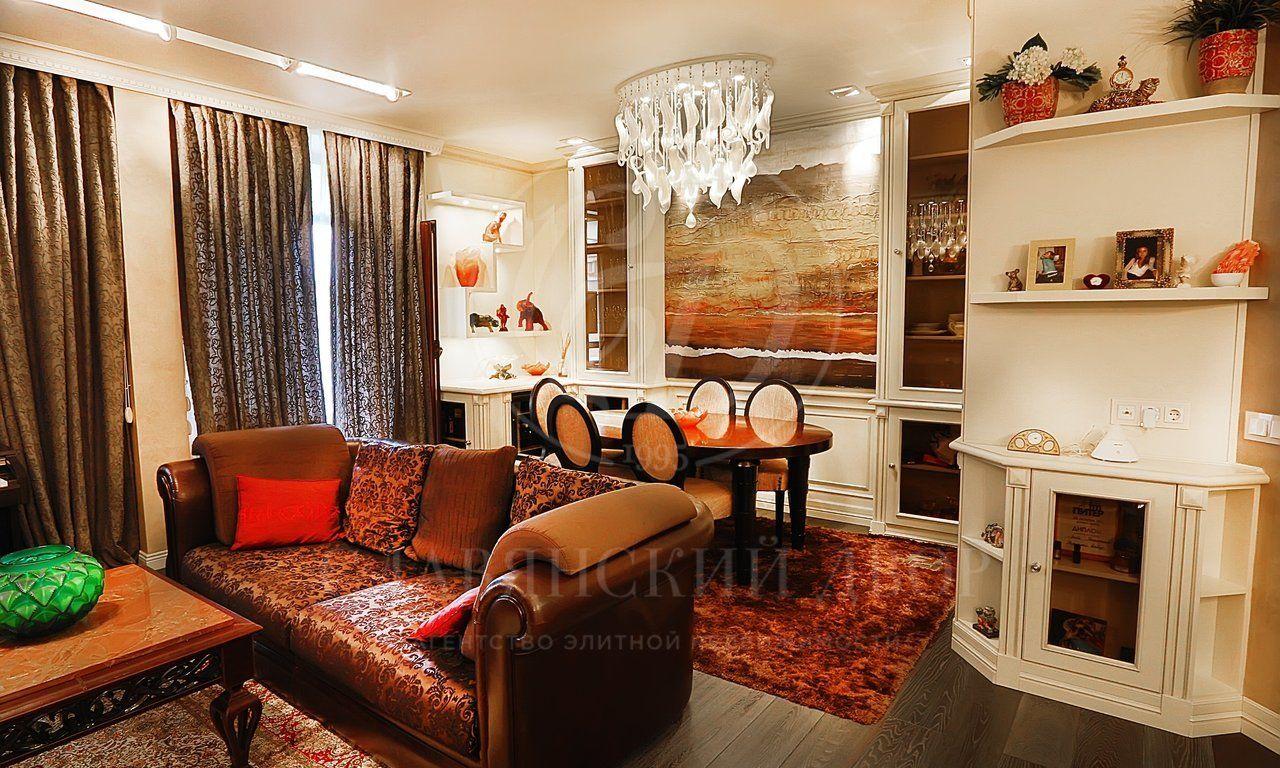Современная квартира недалеко от Поселка Художников
