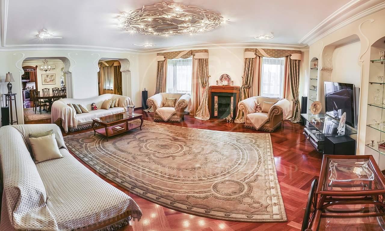 Квартира занимает весь этаж