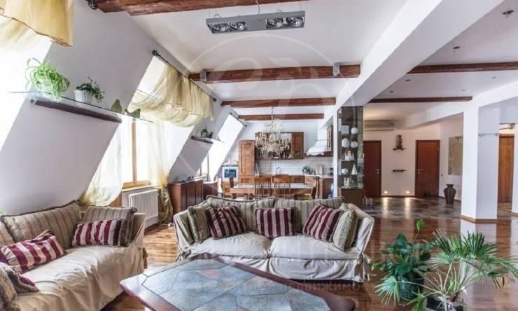 Продажа 2-хуровневой квартиры на Старой Басманной