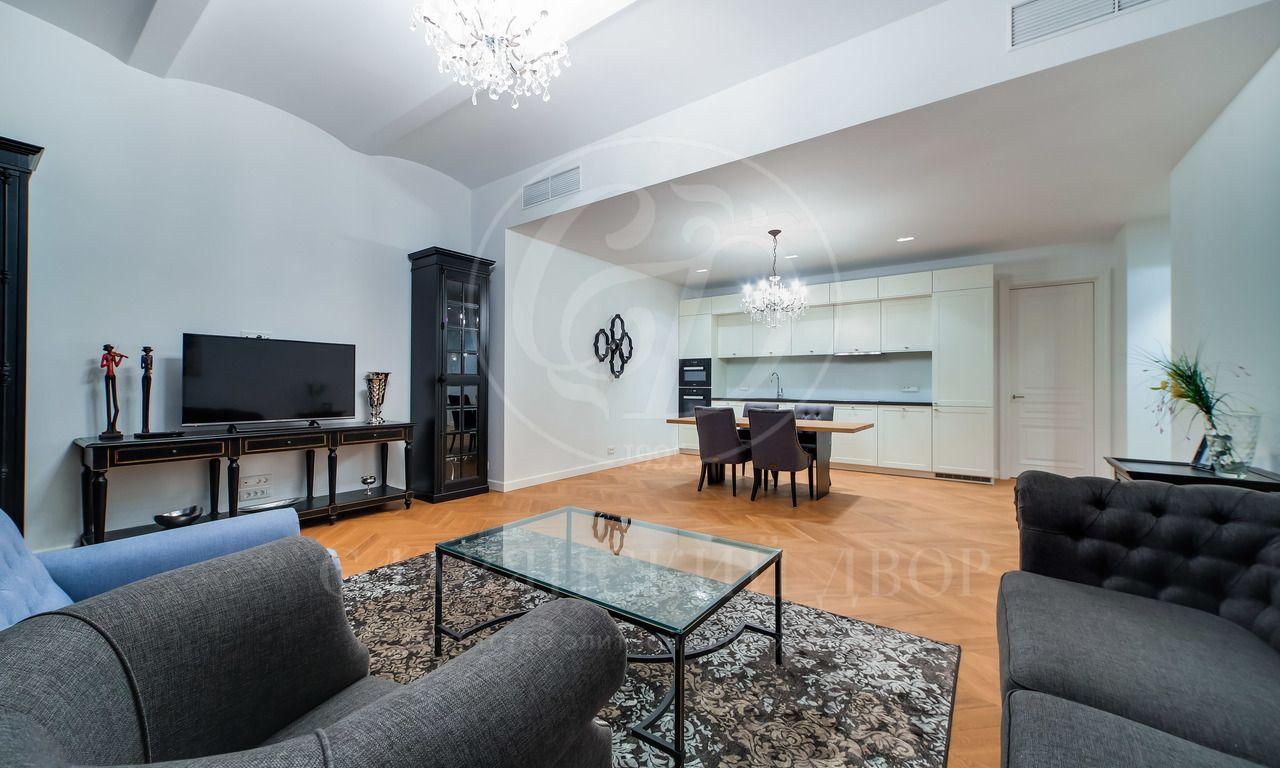 Предлагается шикарная, дизайнерская квартира вЖК «St.Nikolas»