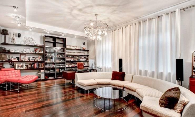 Продается трехуровневый таунхаус вклубном доме «Усадьба Трубецких»