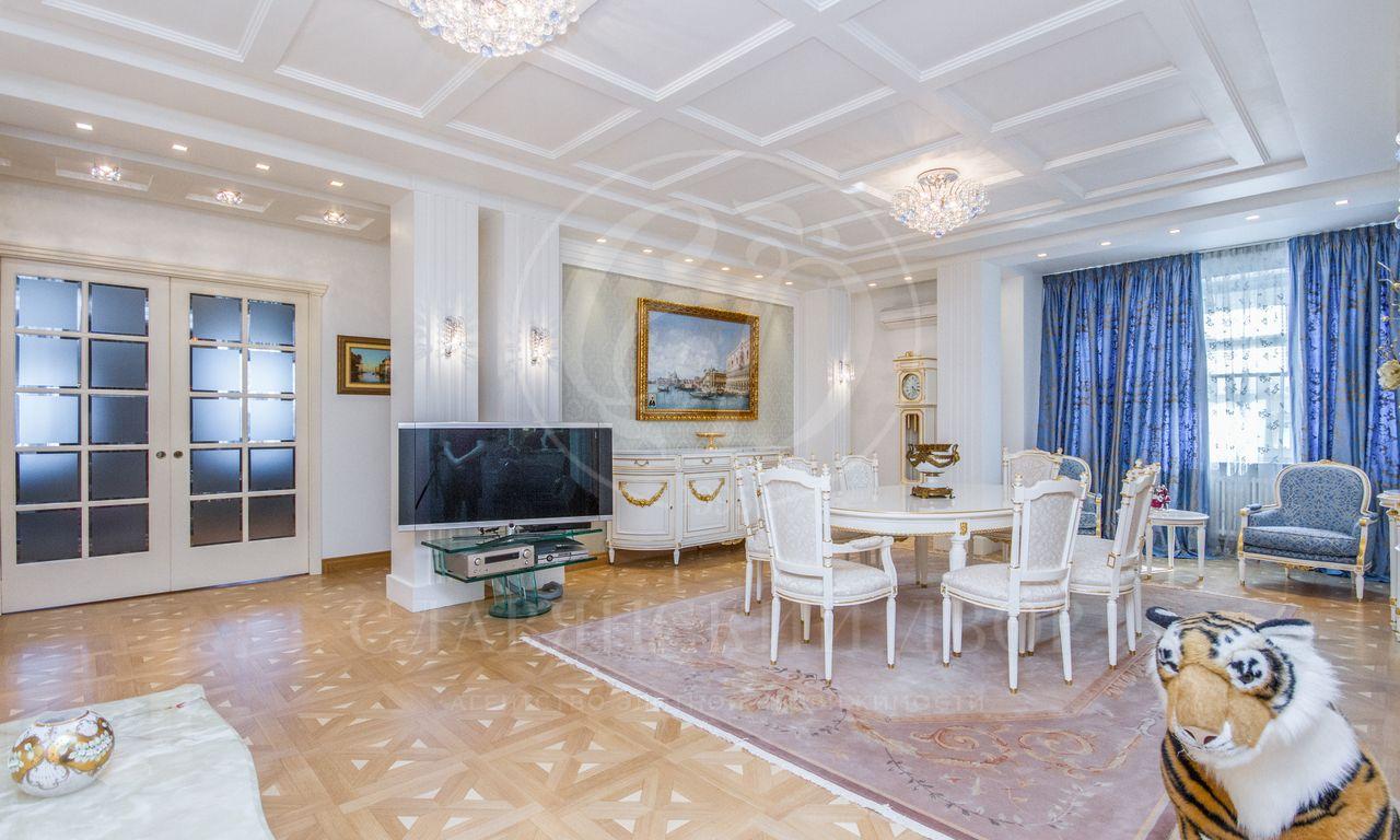 Варенду предлагается шикарная квартира