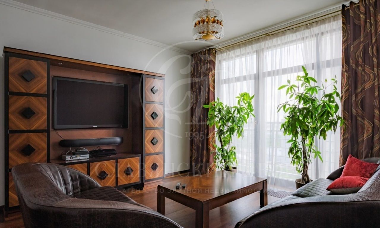 Предлагается квартира вэлитном Жилом Комплексе «Премьер»