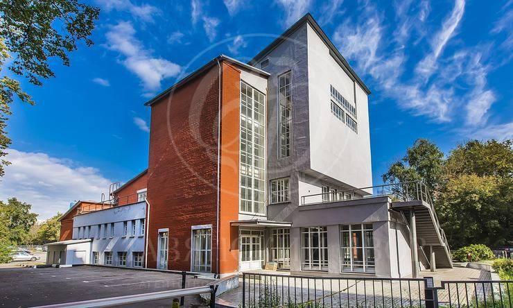 Продажа здания м.Киевская