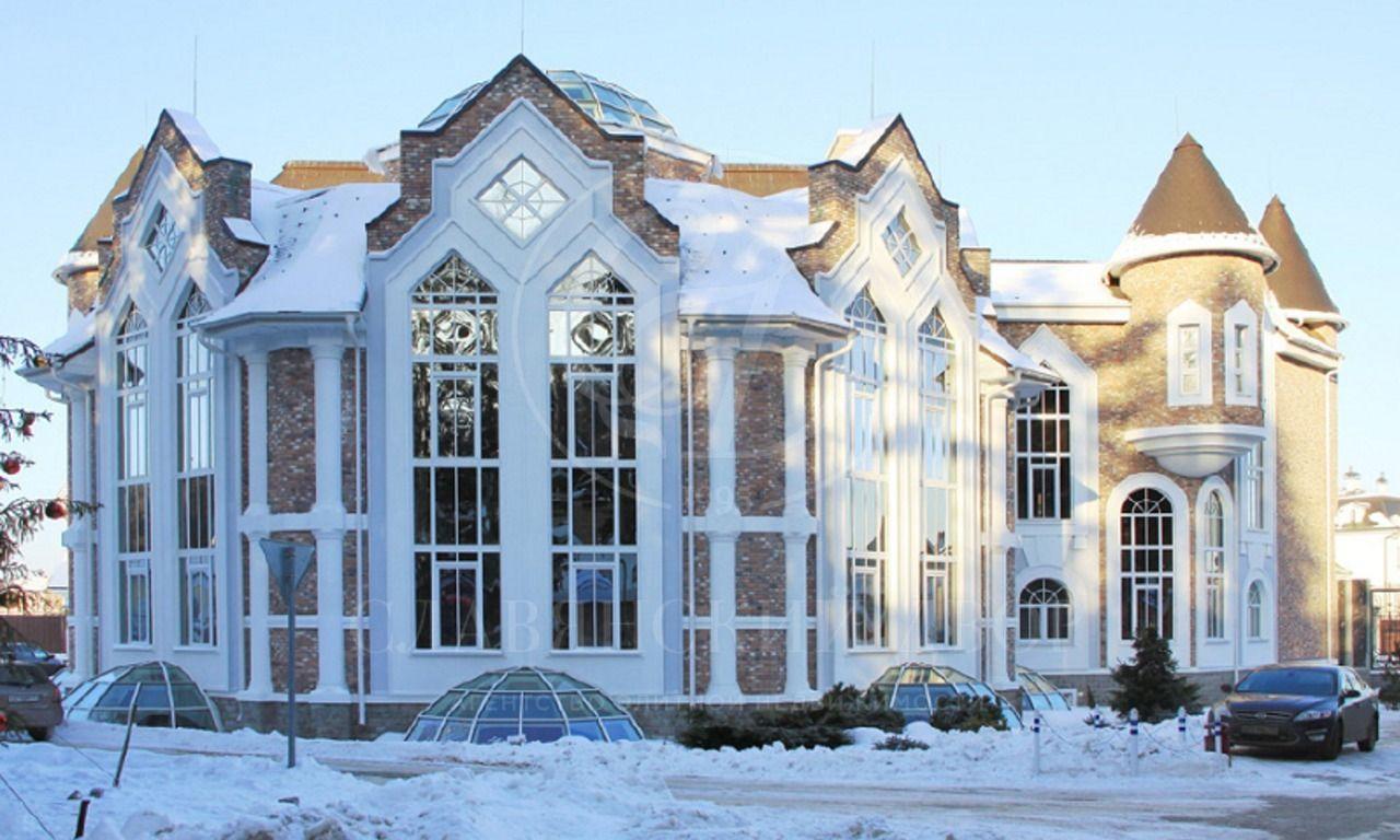 Продажа административного здания вэлитном поселке на Новой Риге