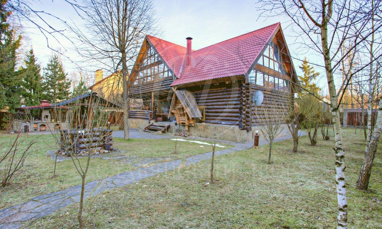 Варенду дом впоселке Пруды