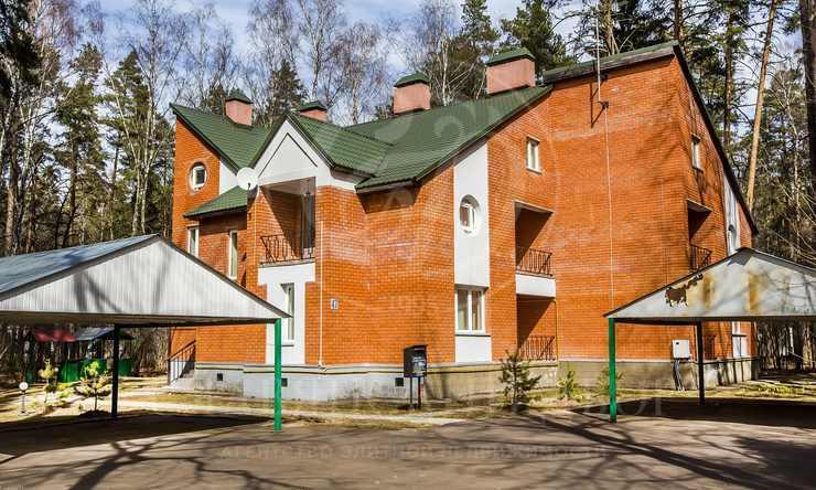 Варенду дом впоселке Жуковка-1