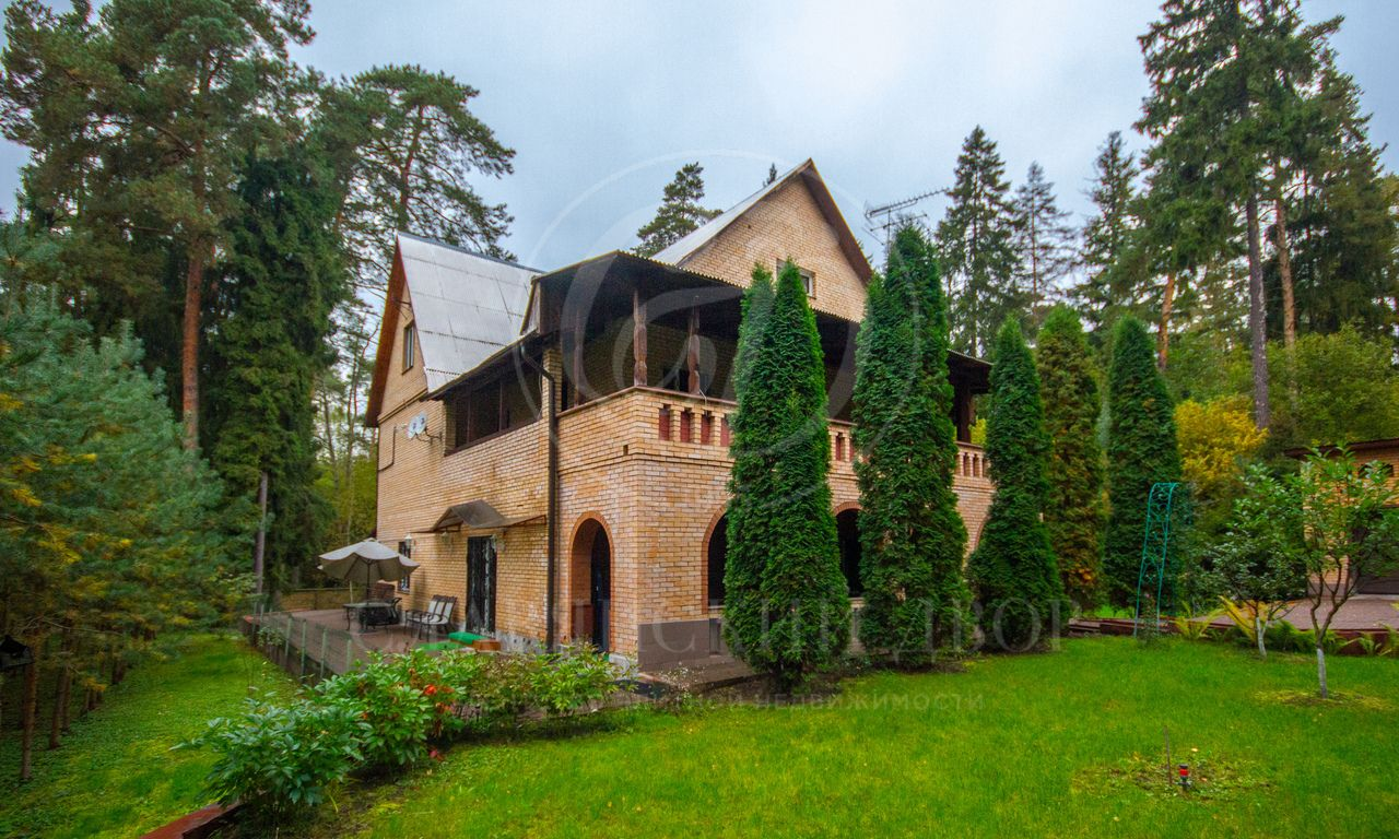 Варенду дом впоселке Николина гора