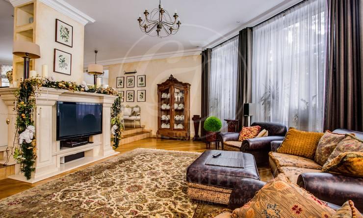 Варенду дом впоселке Красная Поляна, Рублево-Успенское шоссе