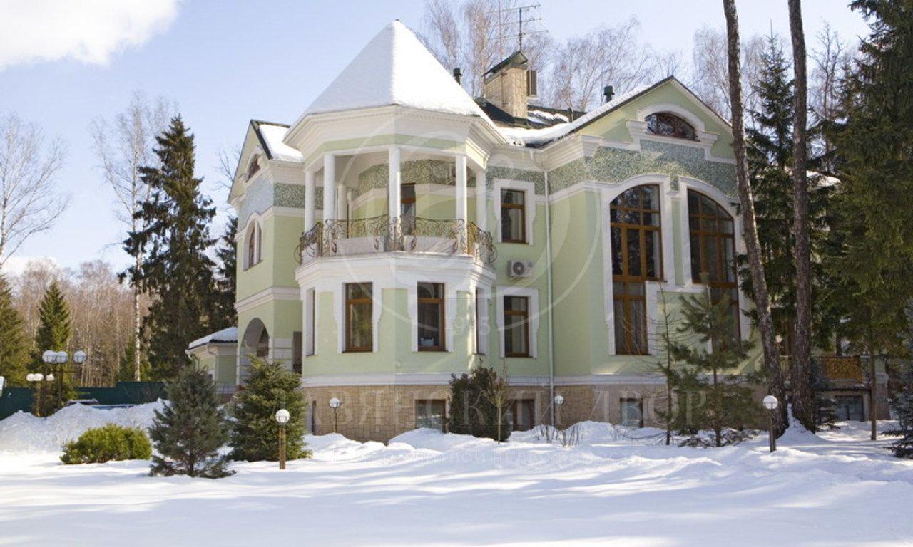 На продажу дом впоселке Лесной простор +