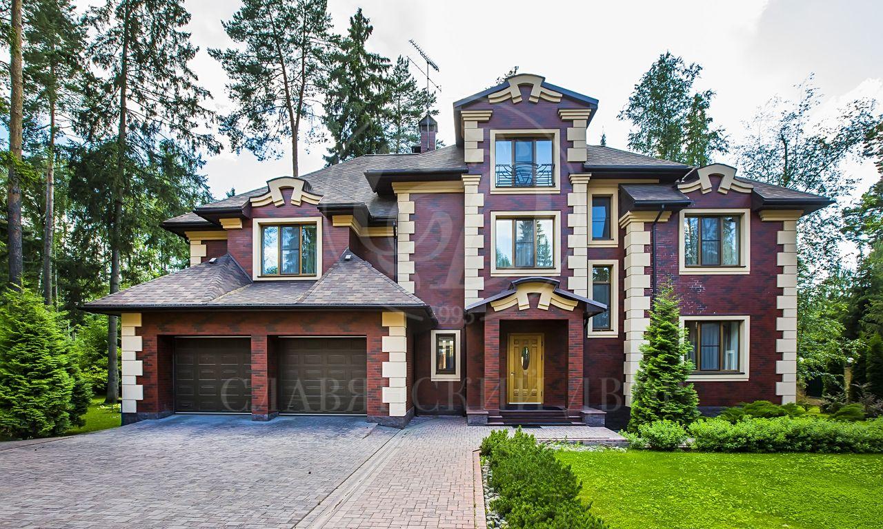 На продажу дом впоселке Балтия