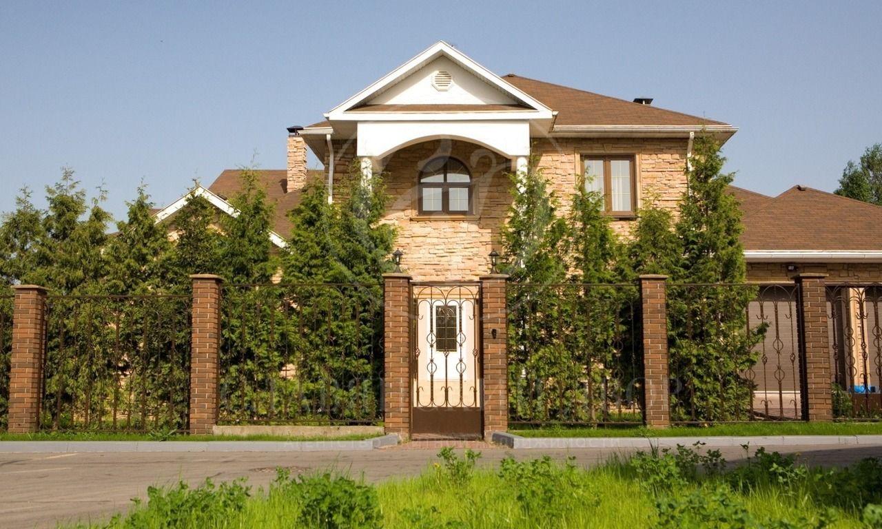 На продажу дом впоселке Царское село