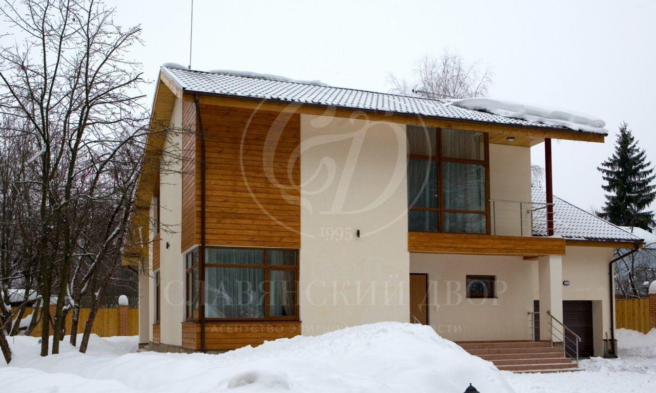 На продажу дом впоселке Матвейково