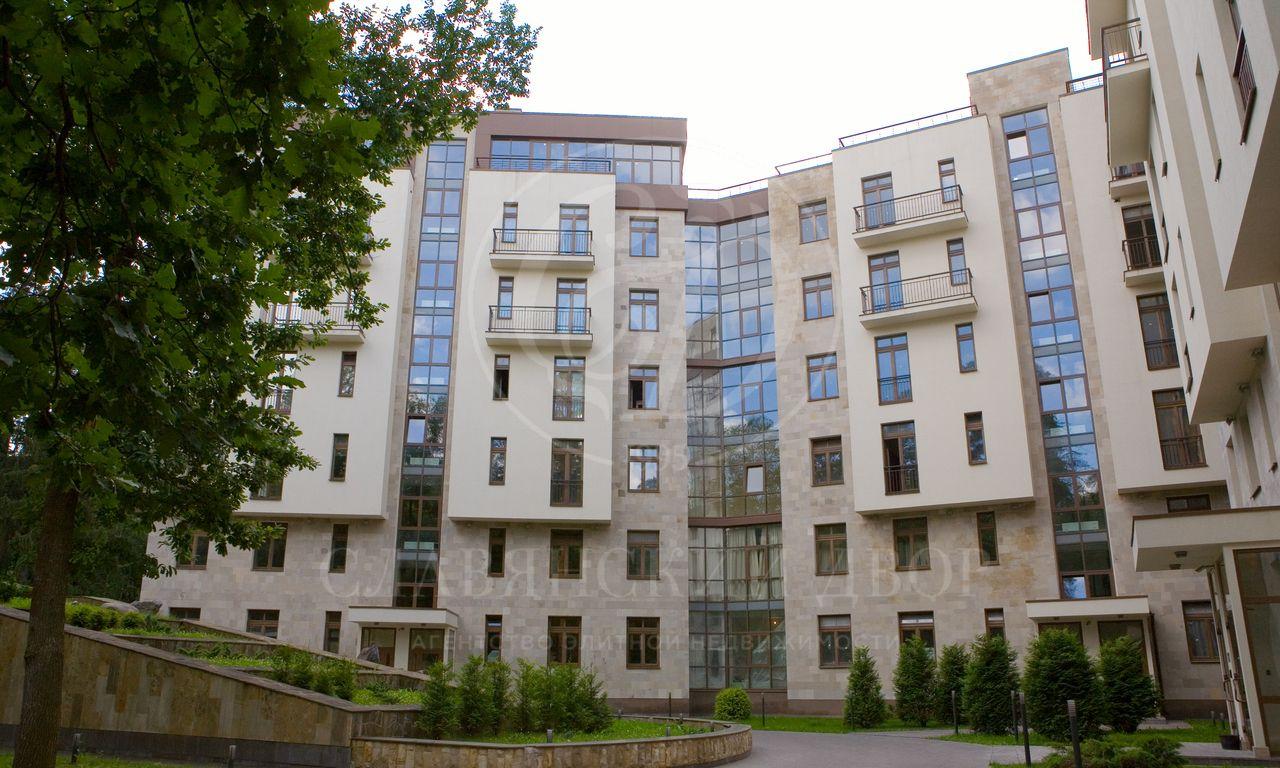 Варенду квартира впоселке Жуковка-1