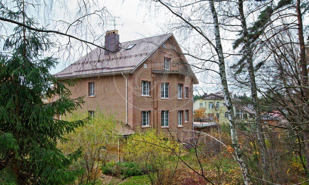 На продажу дом впоселке Степановское