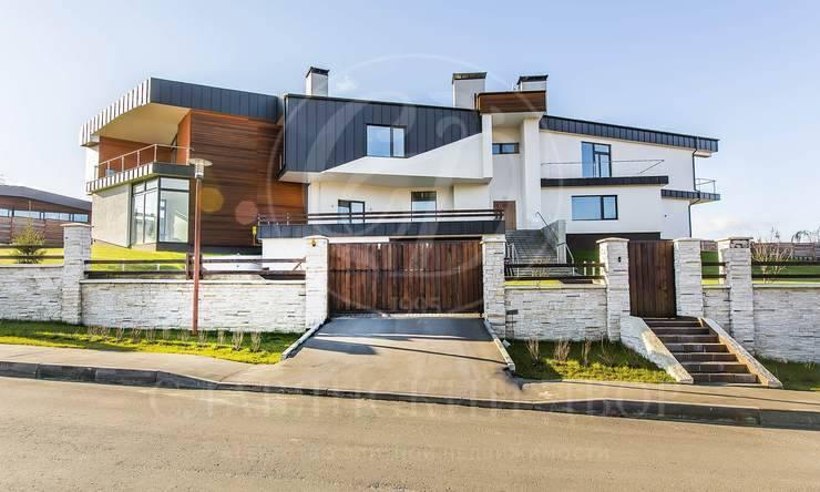 На продажу дом впоселке Кристалл Истра
