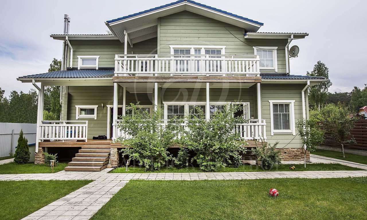 На продажу дом впоселке Раздоры