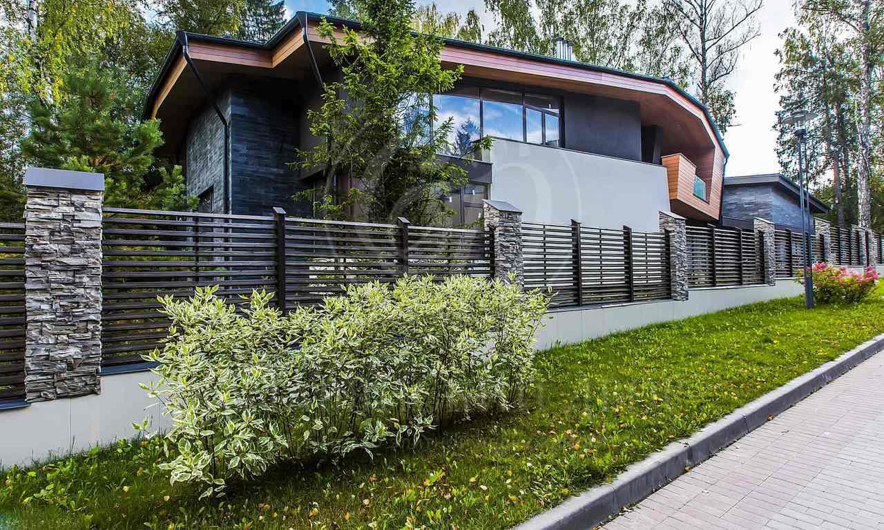 На продажу дом впоселке Полянка, Новорижское шоссе