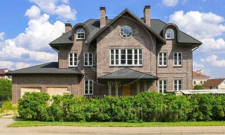На продажу дом впоселке Риверсайд (Riverside)