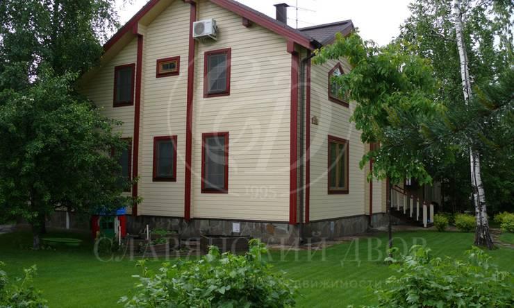 Продаётся дом впоселке Истра Кантри Клаб, Новорижское шоссе