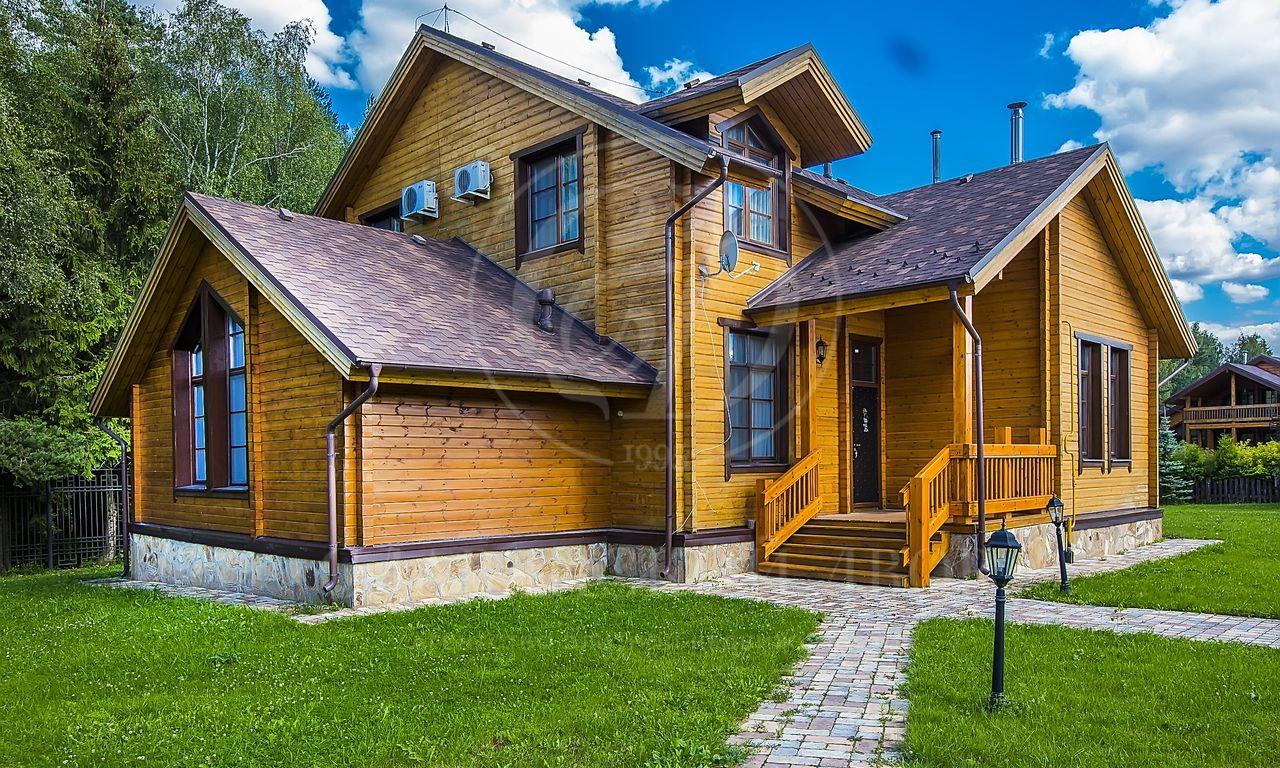 Продаётся дом впоселке Нахабино Кантри, Новорижское шоссе