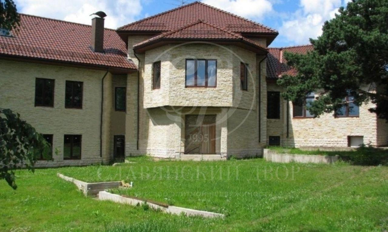 Продаётся дом впоселке Александровка, Рублево-Успенское шоссе