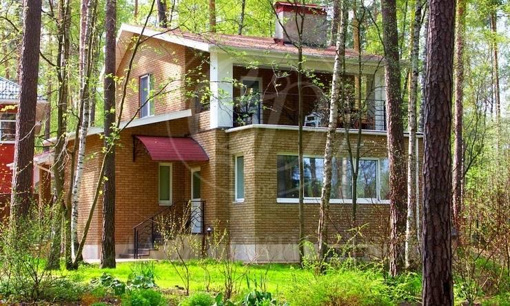 На продажу дом впоселке Сосновый Бор