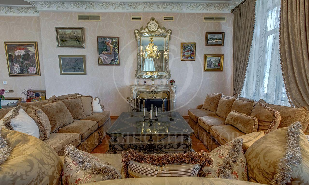 На продажу дом впоселке Романово-2