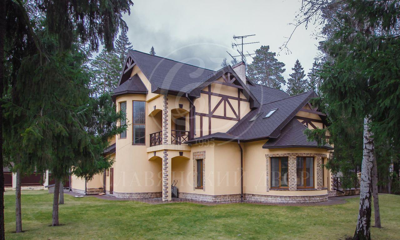На продажу дом впоселке Риита