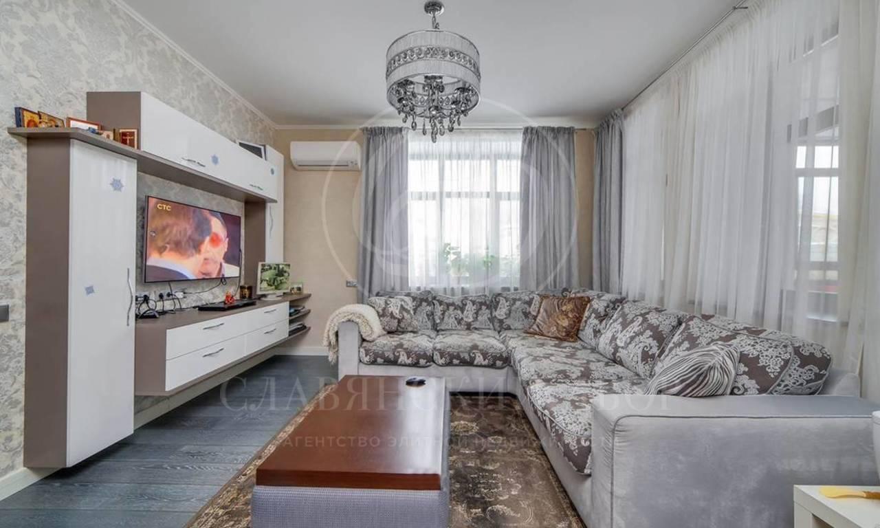 На продажу дом впоселке Покровский