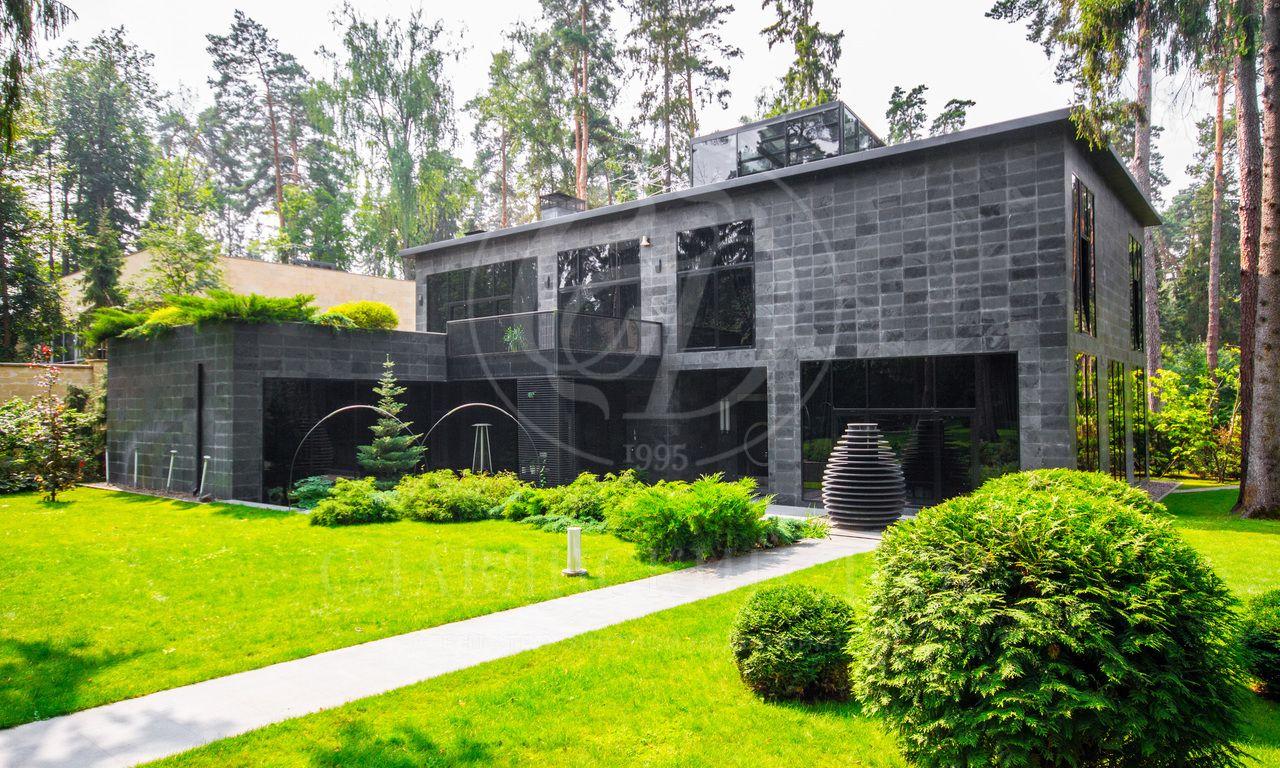 На продажу дом впоселке Ранис